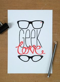 Geek Love Glasses ! find more on www.lunette-vintage.fr #geek #glasses