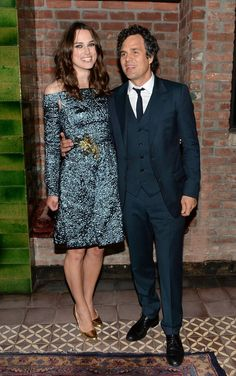 Pin for Later: This Week's Can't-Miss Celebrity Pics!  Keira Knightley and Mark Ruffalo cuddled up at the Begin Again New York premiere afterparty.