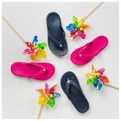 Παιδικές Σαγιονάρες Crocs Crocband Flip 205778-410 (Navy) και 205778-6X0 (Candy Pink). Crocs Crocband, Pink Candy, Flip Flops, Navy, Kids, Hale Navy, Young Children, Pink Treats, Boys