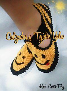 Image gallery – Page 374361787772347218 – Artofit Crochet Shoes Pattern, Crochet Boots, Shoe Pattern, Crochet Slippers, Cute Crochet, Crochet Baby, Knit Crochet, Knit Shoes, Loafers