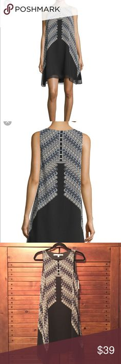 """CCO😘👠MAX STUDIO TRAPEZE DRESS Beautiful Max Studio abstract print trapeze dress. Round neckline, sleeveless, A-Line pullover style with slightly arched hem. Fully lined, Polyester. Approximately 36"""" long shoulder to hem. ✅Price is firm but can be discounted with bundle. 🚫No Trades Max Studio Dresses High Low"""
