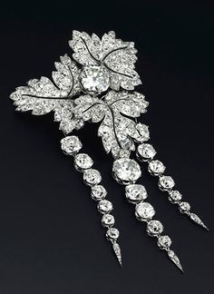 Empress Eugenie's Feuilles de Groseillier brooch to be offered at Christie's Geneva in November 2014.