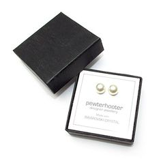 Damen-Ohrring. HERGESTELLT MIT WEISS PERLEN SWAROVSKI KRISTALLE 925 Silber Ohrstecker. http://www.geschenkewebshop.info/produkt/damen-ohrring-hergestellt-mit-weiss-perlen-swarovski-kristalle-925-silber-ohrstecker/