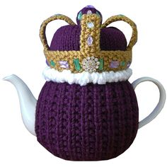 TC379 – Queen of Cosies 5   I dont have a teapot. but I thought this looked cool.
