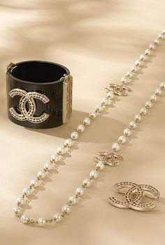 Long glass-pearl necklace - CHANEL
