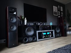 Home theaters system Featured Home Theater System: Nick B. in Grootebroek, Netherlands SVS Home Theater Room Design, Home Cinema Room, Home Theater Setup, At Home Movie Theater, Home Theater Rooms, Home Theater Speaker System, Home Cinema Systems, Home Theater Receiver, Mc Intosh