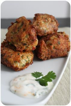 Chicken Meatballs with Coriander & Ginger {Chicken Kofta} More - Chicken Meatballs with Coriander & Ginger {Chicken Kofta} More - Meat Recipes, Indian Food Recipes, Asian Recipes, Chicken Recipes, Cooking Recipes, Healthy Recipes, Tapas, Fingers Food, Mauritian Food
