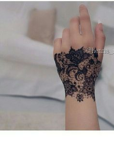 Hand Tattoos Gallery - Tattoo Designs For Women!