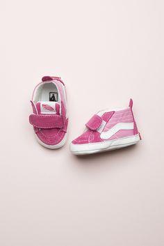 Future Skate Stars Pink Shoes, Baby Shoes, Baby Vans, Rainbow Baby, Vans Sk8, Shoe Shop, Cool Kids, Toddler Girl, Skate