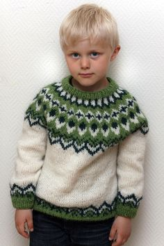 boys kids icelandic sweater, photo from ravelry knitting pattern, fuzzy fluffy c. : boys kids icelandic sweater, photo from ravelry knitting pattern, fuzzy fluffy childs childrens lopapeysa nordic Beginner Knitting Projects, Knitting For Kids, Knitting For Beginners, Baby Knitting, Jumper Knitting Pattern, Fair Isle Knitting Patterns, Weaving Patterns, Icelandic Sweaters, Ravelry