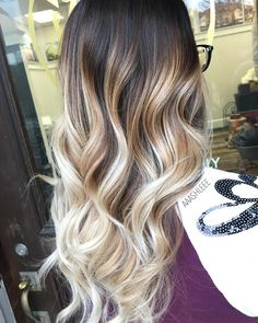 5 Best Balayage Blonde Ideas For You – Stylish Hairstyles Hair Color And Cut, Ombre Hair Color, Hair Color Balayage, Honey Balayage, Brunette Highlights, Blonde Balayage, Haircolor, Long Hair Cuts, Long Hair Styles