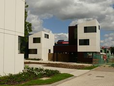 Housing. Oxley Woods, Milton Keynes - Architects: Rogers Stirk Harbour + Partners, 2008.