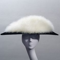 Created in 1954 by Henry Clarke for Balenciaga. Ladies Luncheon, Ladies Who Lunch, Stephen Jones, Western Hats, Fancy Hats, Wearing A Hat, Love Hat, Dress Hats, Mode Vintage
