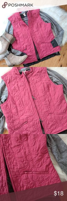 """{Croft & Barrow} rose-pink quilted vest Pretty vest in a rose-pink color.  Quilted pattern 2 pockets with zipper closures 2 zipper closure.  There's a few very light spots on the front, I pointed them out. Also a few loose threads. But still very good condition! And the spots are hardly noticeable when worn.  Armpit to armpit measures approximately 22"""" Length is 24"""" croft & barrow Jackets & Coats Vests"""