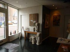Eerste expositie is van Arie Plug, Ghislaine van Tongeren en ikzelf natuurlijk.