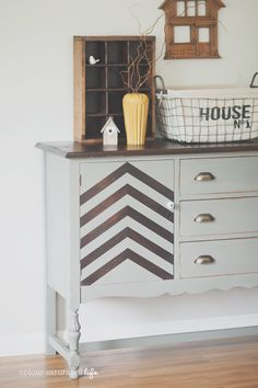 Wondering how to paint wood furniture, furniture painting tips, or even how to paint wood? Then you're in luck because today we're focusing on how to paint to… Ikea Furniture, Living Furniture, Handmade Furniture, Upcycled Furniture, Furniture Plans, Furniture Makeover, Furniture Design, Gray Painted Furniture, Refinished Furniture