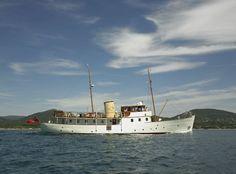 SuperYacht of the Week: Blue Bird - the restoration of a gentleman's yacht - SuperYacht of the Week - SuperyachtTimes.com