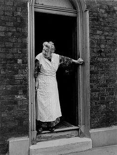 Robert Capa - London. June-July 1941.