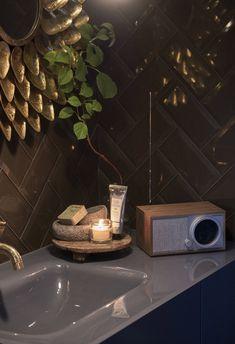 Eksotisk spabad til hverdags - inspirasjon til fornyelse på badet! Bath Caddy, Fresco, Aqua, Blog, Home Decor, Instagram, Fresh, Water, Decoration Home