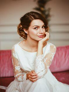 Mademoiselle de Guise   Robe Antoinette Collection 2015 / Photo : Viktoria Samoilova / Orchestré par : Laura Dova Weddings / Make up : Virginie'e / Coiffure : Expression coiffure / Weddingdress / Robe de mariée / Paris