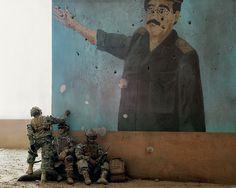 Paolo Ventura - Iraq (2008)  Bella metáfora de la derrota de Saddam