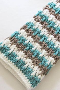 This is a collection of super quick free crochet baby blanket patterns that include patterns for boys and girls. They are easy, beginner-friendly afghans which will delight people of all skill levels. This collection of crochet projects will make great gifts for baby shower or Christmas. Striped Crochet Blanket, Baby Boy Crochet Blanket, Crochet Beanie Pattern, Chunky Crochet, Afghan Crochet Patterns, Crochet Baby, Free Crochet, Crochet Afghans, Crochet Blankets