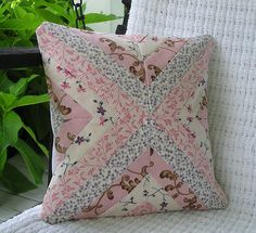 https://flic.kr/p/6PoyZK | pillowcovers 012 | 12 Inch accent pillow cover made from Moda Hartfield fabric.