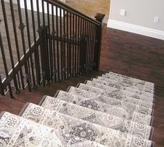A stair-runner doesn't have to be a plain boring carpet! Add a punch of colour and/or pattern to draw your eye to the stairs. Hardwood is beautiful but it's very slippery on stairs and gets a lot of f Decor, Patterned Carpet, Beautiful Stairs, Stair Runner Carpet, Wood Stairs, Custom Area Rugs, Foyer Decorating, Hardwood Stairs, Bedroom Carpet
