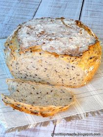 GRUNT TO PRZEPIS!: Chleb z garnka z ziarnami Bread Bun, Cooking Recipes, Healthy Recipes, Polish Recipes, Wonderful Recipe, Cookie Desserts, Other Recipes, Food For Thought, My Favorite Food