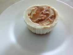 Gyors sajttortácskák muffinformában - sütés nélkül recept lépés 2 foto