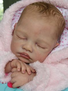 Gorgeous-reborn-baby-girl-Cianne-by-Romie-Strydom-Sold-Out-LE