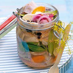 Süßsaurer Matjes im Glas Rezept | Küchengötter