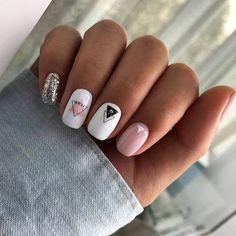 Semi-permanent varnish, false nails, patches: which manicure to choose? - My Nails Pastel Nails, Cute Acrylic Nails, Cute Nails, Pretty Nails, Purple Nail, Pink Glitter, Minimalist Nails, Aycrlic Nails, Nail Manicure