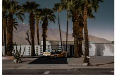 Midnight Modern, Tom Blachford, Mid Century houses homes, Palm Springs, bathed in moonlight - Pinned by 360 Modern Furniture Palm Springs Houses, Palm Springs Style, Places Around The World, Around The Worlds, Melbourne, Mid Century Exterior, Modernism Week, Modern Photographers, Wallpaper Magazine
