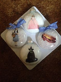 The Wizard of Oz ornament set