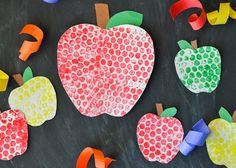 These bubble wrap painted apples are a fun back to school craft project for the kids! With back-to-school in full-swing and fall not too far behind, it's time to start thinking about all things apples! We love to paint and do art projects in our house, but I can only handle so many 'free painting' crafts that my little guy turns into