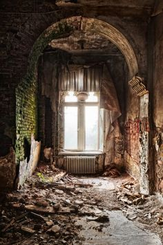 I love abandoned places