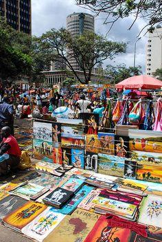 Arts market. Nairobi. Kenya. www.1bb.com