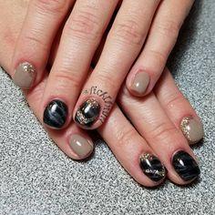 "37 Likes, 1 Comments - Kerrie Ficklin (@nailsbykerrie) on Instagram: ""#nails #gelnails #nailart #handpainted  #lightelegance #glittergel #blacktie #earlgrey #champagne…"""