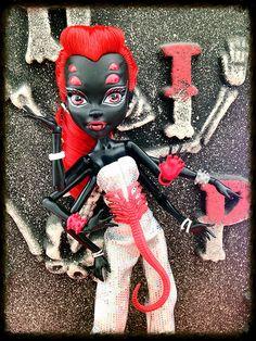 webarella monster high dolls