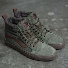 8312067131f8 Vans Men SK8-Hi MTE DX green dark gum Vans Bota