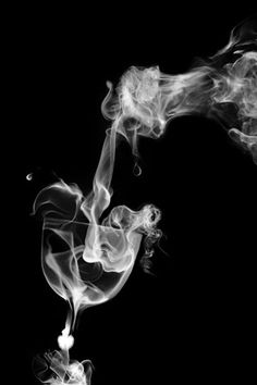 smoke art photography | 40 Fascinating Examples of Smoke Art Photo Manipulation | Psdeluxe