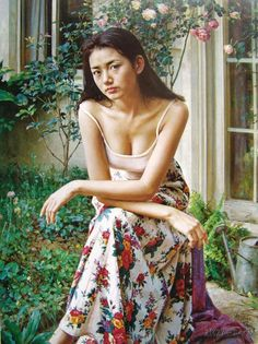 Guan ZeJu is a Senior Artist of the Guangzhou Art Institute and a member of the Artists' Association of China...