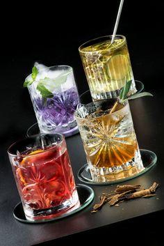 Bicchieri Mixology Set di 4 bicchieri in cristallo RCR. Una nuova e originale proposta dedicata all'arte della Mixology, la nuova frontiera dei cocktail e del bere miscelato. - Cose di casa