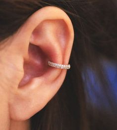 gold hoop cartilage helix hoop earring/Earring/Cartilage earring/Conch earring/Cartilage hoop/Rook piercing/Snug piercing/Helix earring This listing sold as 1 piece. This earring looks very stylish when wearing your conch earring. Two line cubic hoop e Piercing Snug, Orbital Piercing, Tragus Piercings, Piercing Cartilage, Cute Ear Piercings, Peircings, Inner Conch Piercing, Conch Piercing Jewelry, Mens Piercings