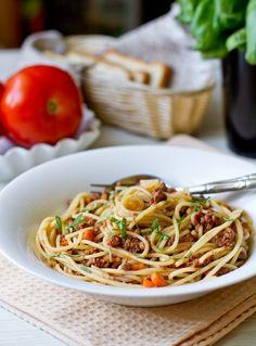 """Спагетти с классическим соусом """"Болоньезе"""""""