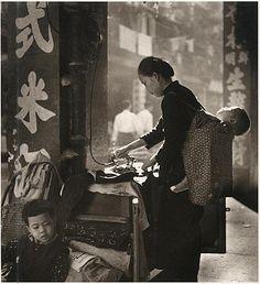 Canton Road, China--laundry clothes/廣東道洗熨衣服 1959'