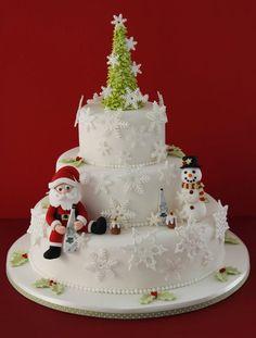 Christmas cake by Patricia Arribálzaga Christmas Themed Cake, Christmas Cake Designs, Christmas Cake Decorations, Christmas Cupcakes, Holiday Cakes, Christmas Desserts, Christmas Treats, Christmas Baking, Family Christmas