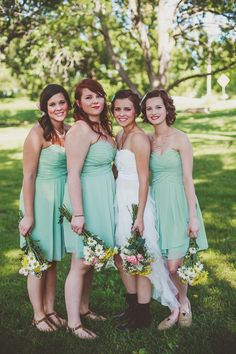 Part One: Reed & Madison's Woodsy & Whimsical Backyard Wedding- Lawrence, KS Wedding Photographers- bride, bridesmaids, bows, sea foam green dresses, wildflowers, bouquets, pose, posing