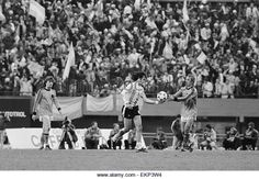 1978 World Cup Final in Buenos Aires, Argentina. Argentina 3 v Holland 1 after extra time. Argentina's Mario Kempes hands the ball to Johan Neeskens after scoring his second goal. 25th June 1978. - Stock Image